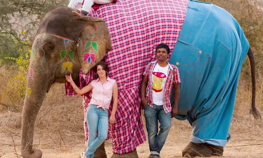 Levi's viste un elefante con vaqueros